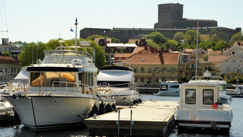 Båtar i vår hamn, hör till mängderna av spännande upptäckter längs Marstrand hamn.